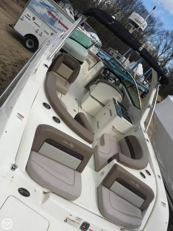 2011 Sea Ray 300 SLX Bowrider - Photo #4