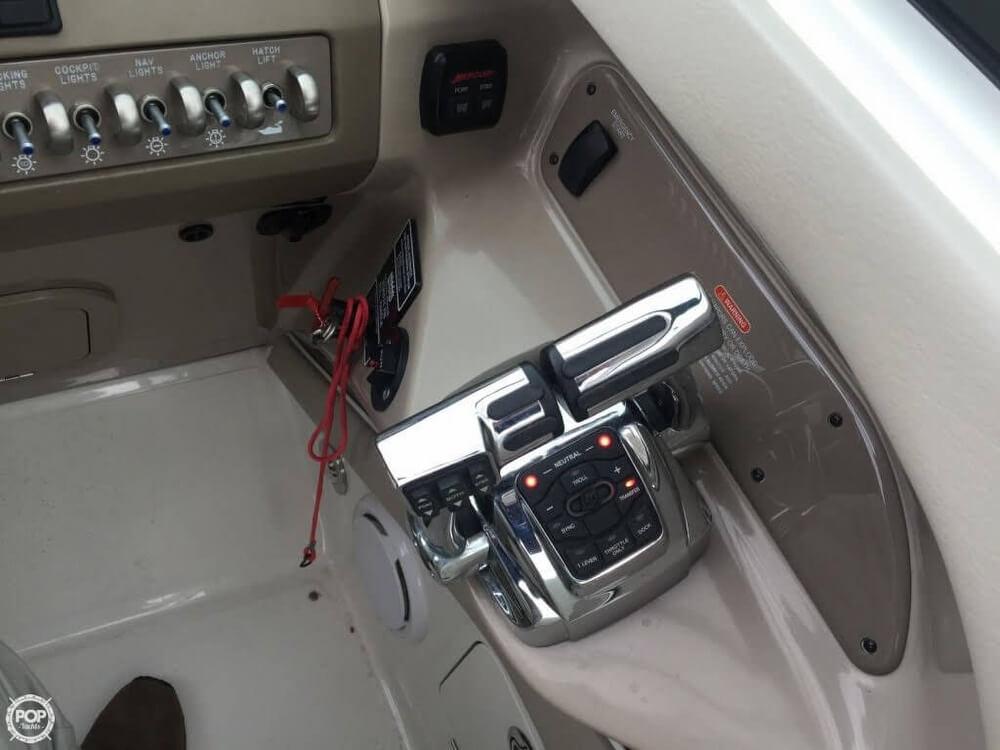 2011 Sea Ray 300 SLX Bowrider - Photo #10