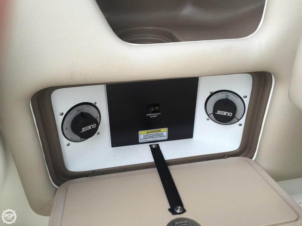 2011 Sea Ray 300 SLX Bowrider - Photo #17