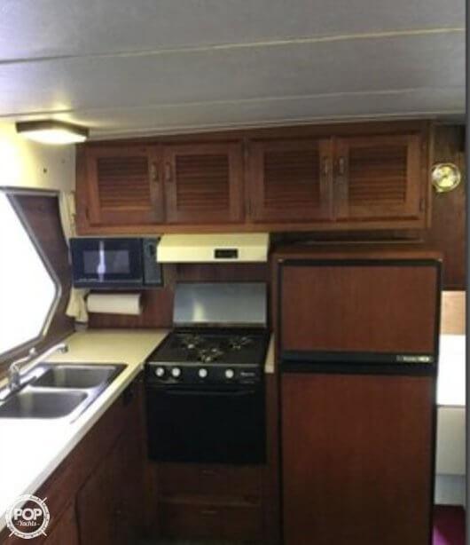 1977 Tollycraft 40 Tri Cabin - Photo #17