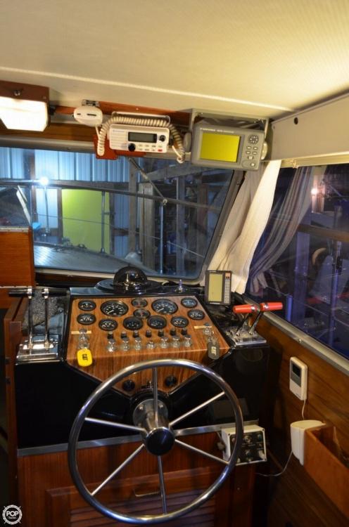 1977 Tollycraft 40 Tri Cabin - Photo #29