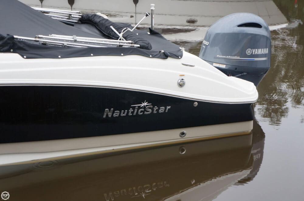 2014 Nautic Star 223DC - Photo #15