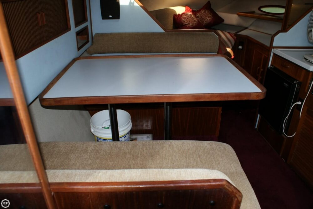 Dinnetr Seats 4