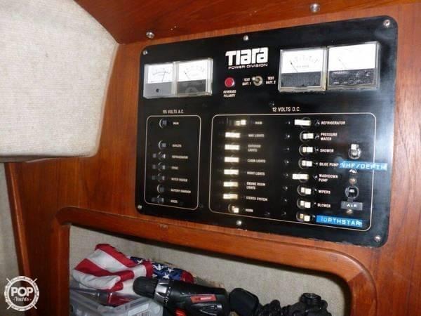 1982 Tiara 3100 Open - Photo #9