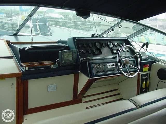 1986 Sea Ray 300 Sundancer - Photo #7