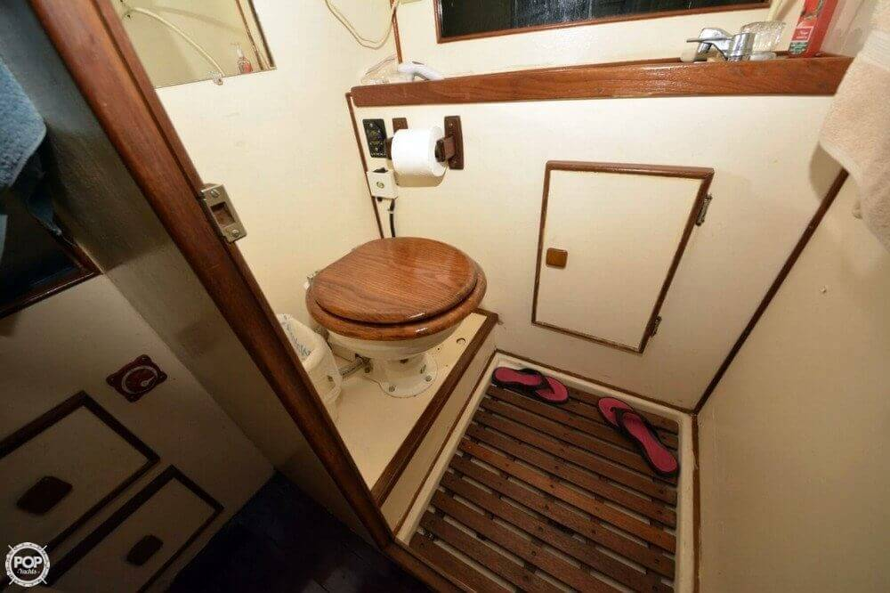 1975 Morgan boat for sale, model of the boat is 33 Out Island & Image # 21 of 40