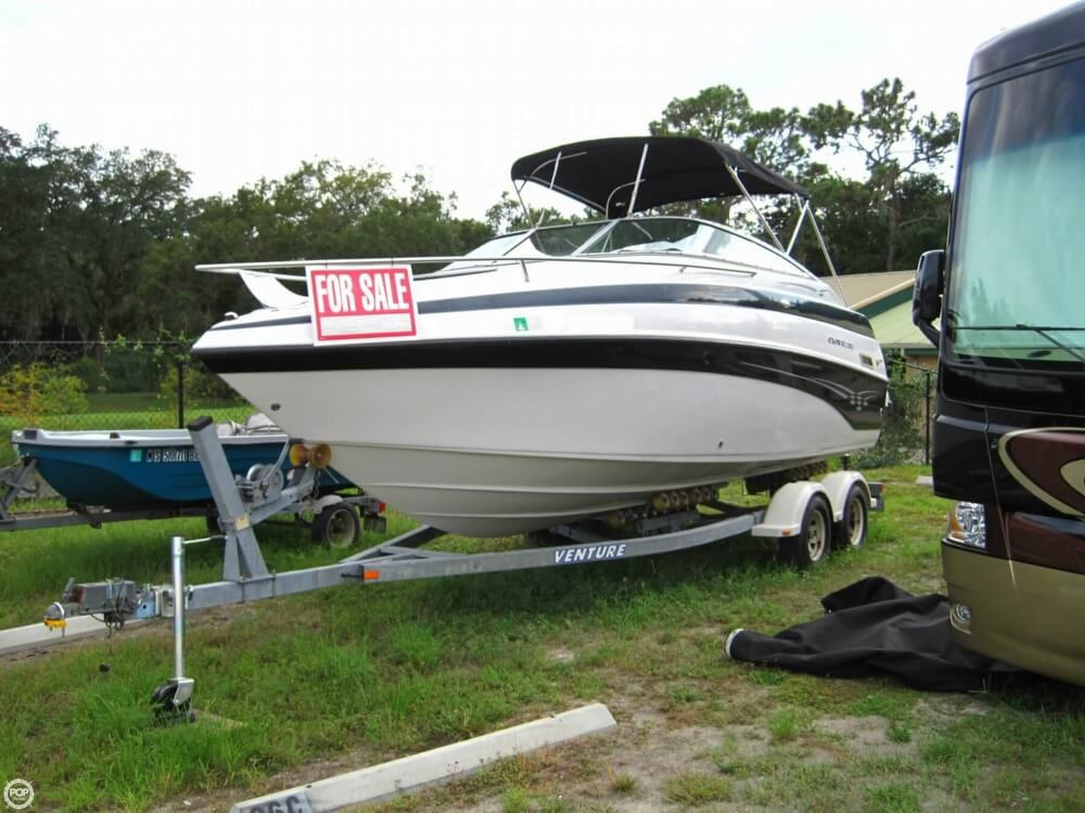 2004 Crownline 235 CCR - Photo #2