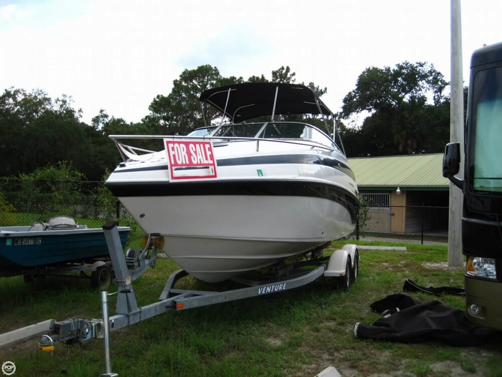 2004 Crownline 235 CCR - Photo #3