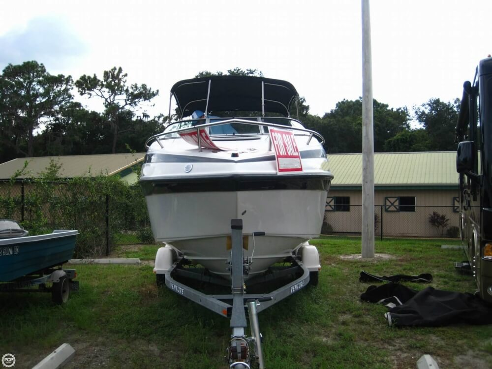 2004 Crownline 235 CCR - Photo #15