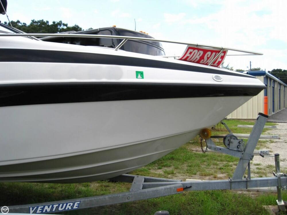 2004 Crownline 235 CCR - Photo #18
