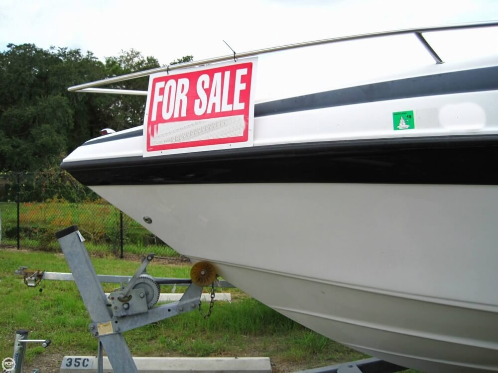 2004 Crownline 235 CCR - Photo #20