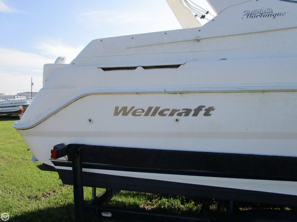 1999 Wellcraft 2400 Martinique - Photo #9
