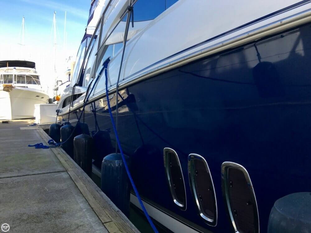 2006 Cruisers Yachts boat for sale, model of the boat is 477 Sport Sedan & Image # 27 of 40