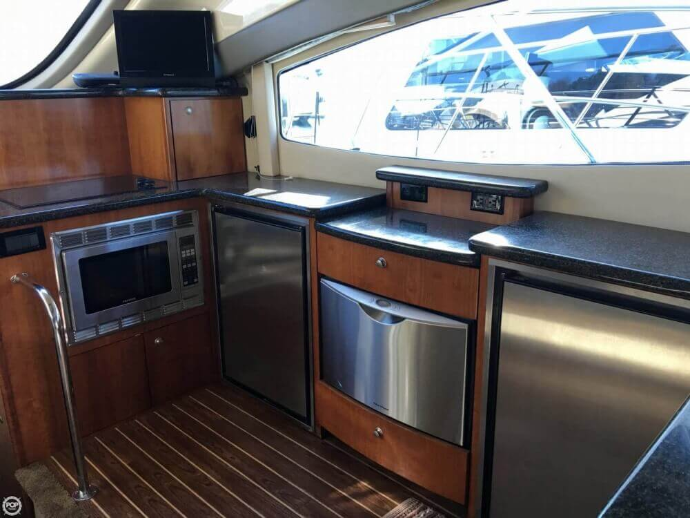 2006 Cruisers Yachts boat for sale, model of the boat is 477 Sport Sedan & Image # 10 of 40