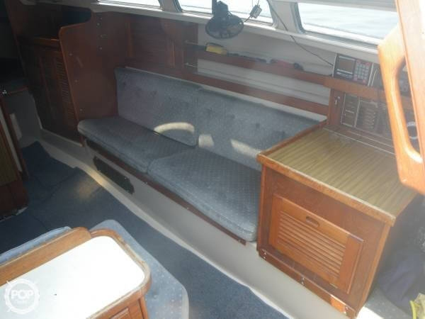 1986 Catalina 30 MK II - Photo #7