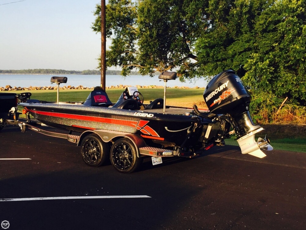 2014 Legend boat for sale, model of the boat is Alpha 211R & Image # 8 of 40