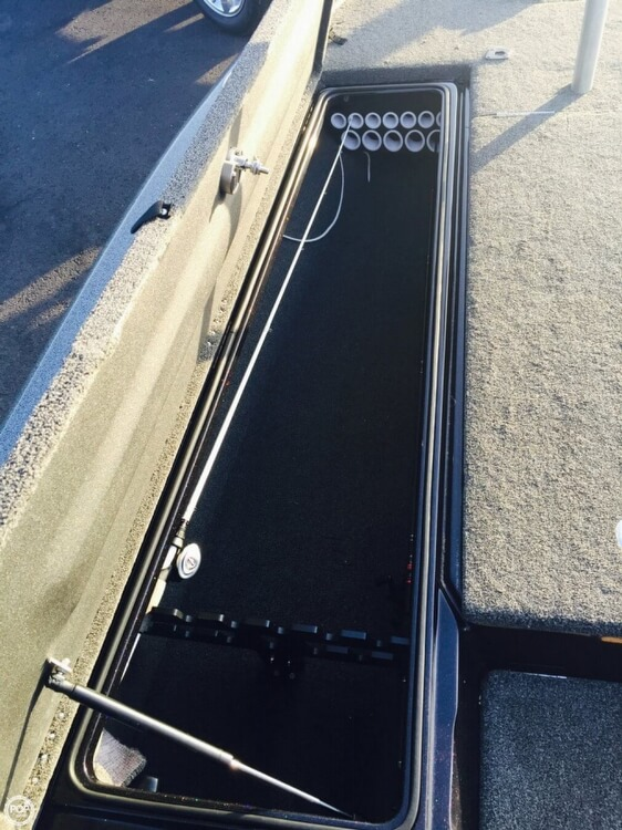 2014 Legend boat for sale, model of the boat is Alpha 211R & Image # 19 of 40