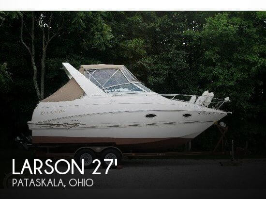 2000 Larson 270 Cabrio Cruiser - Photo #1