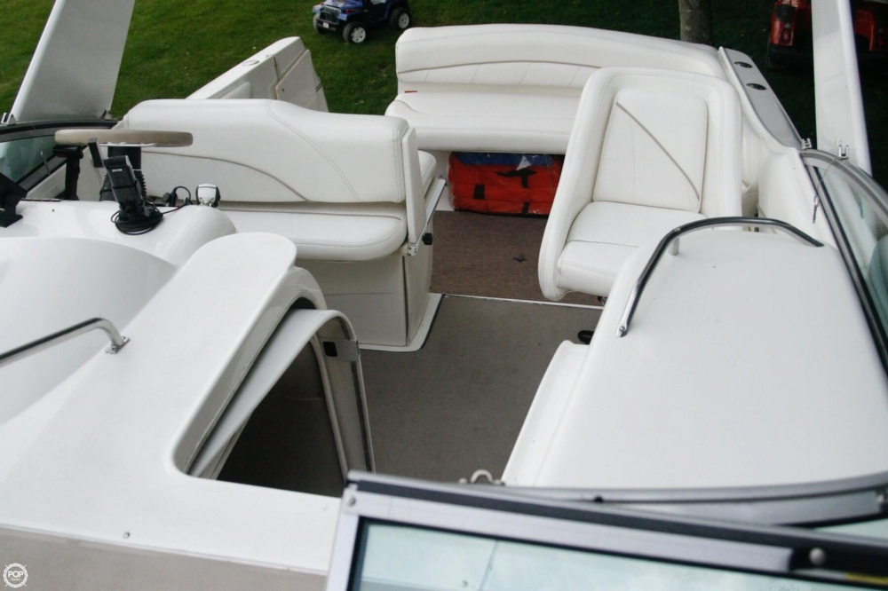 2000 Larson 270 Cabrio Cruiser - Photo #38