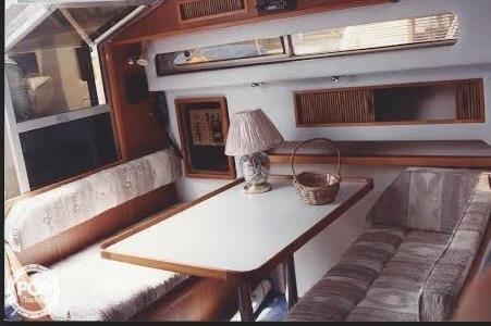 1988 Sea Ray 300 Weekender - Photo #3