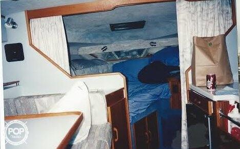 1988 Sea Ray 300 Weekender - Photo #4