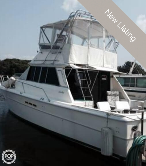1984 Sea Ray boat for sale, model of the boat is SRV 390 & Image # 2 of 40