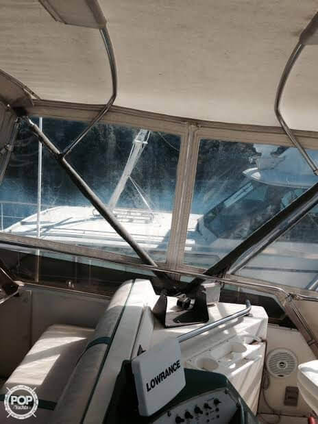 1984 Sea Ray boat for sale, model of the boat is SRV 390 & Image # 33 of 40