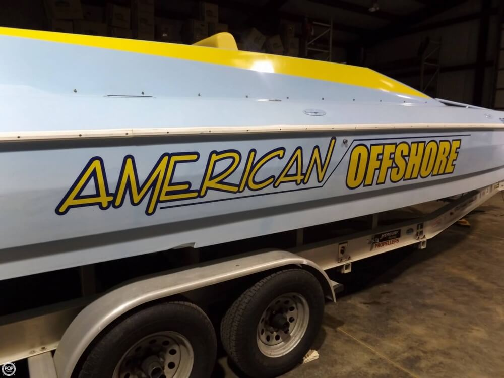 1999 American Offshore 2600 - Photo #9