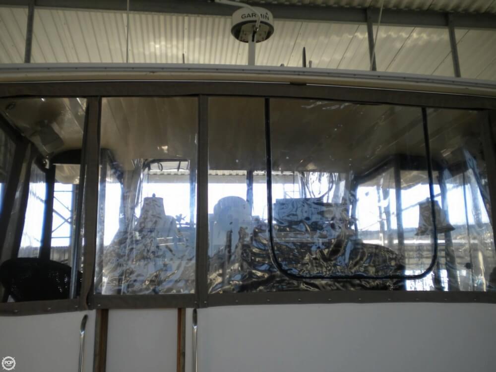 1988 Sea Ray 415 Aft Cabin - Photo #9