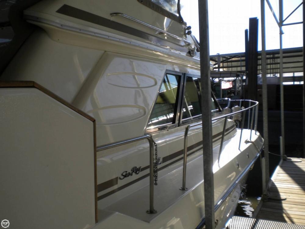 1988 Sea Ray 415 Aft Cabin - Photo #13