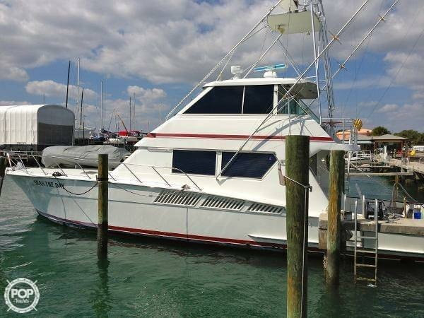 1990 Hatteras 58 Convertible - Photo #5