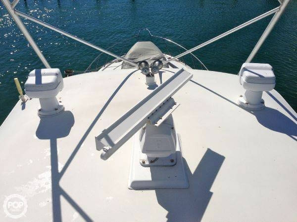 1990 Hatteras 58 Convertible - Photo #26