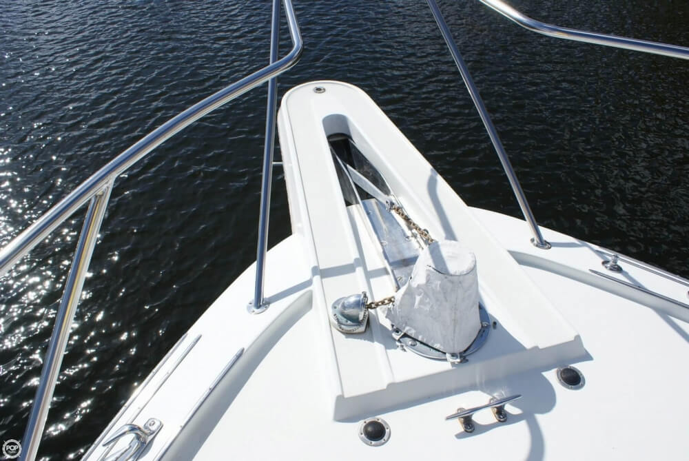 1990 Hatteras 58 Convertible - Photo #33