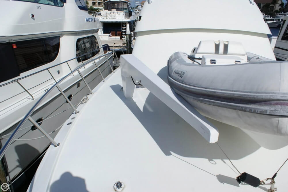 1990 Hatteras 58 Convertible - Photo #40