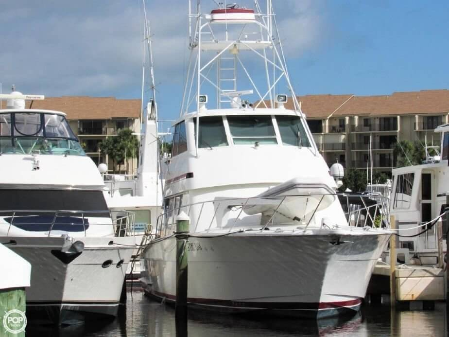 1990 Hatteras 58 Convertible - Photo #19