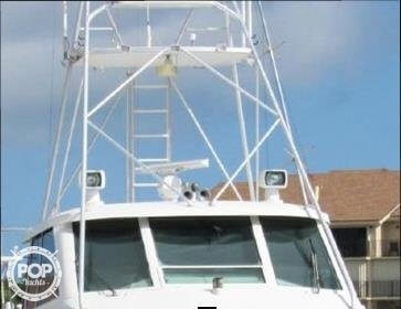 1990 Hatteras 58 Convertible - Photo #23