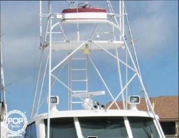 1990 Hatteras 58 Convertible - Photo #20