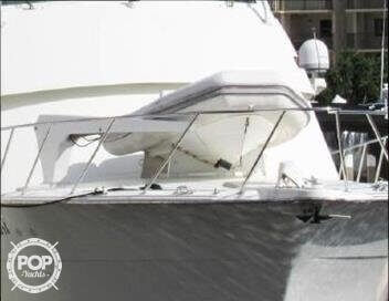 1990 Hatteras 58 Convertible - Photo #25