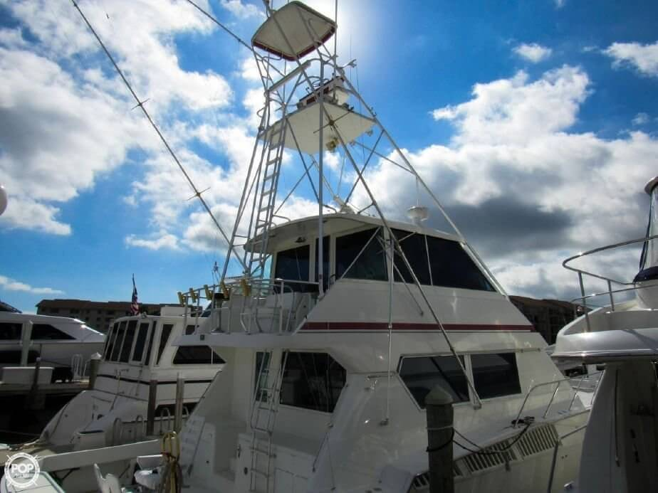 1990 Hatteras 58 Convertible - Photo #18