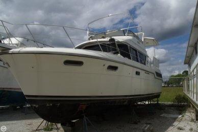 Carver 3807 AC Motoryacht, 37', for sale - $44,500