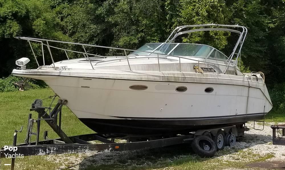 1990 Rinker boat for sale, model of the boat is 300 Fiesta Vee & Image # 26 of 40