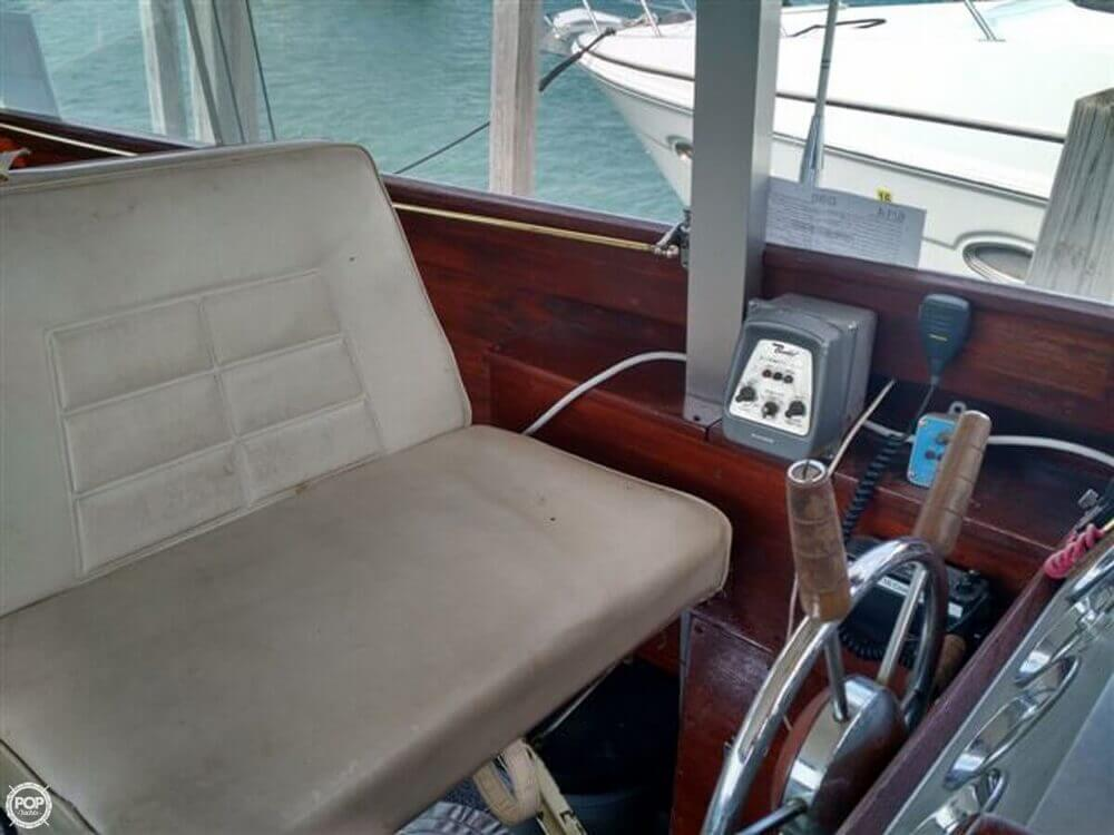 1966 Chris Craft boat for sale, model of the boat is Constellation Hard Top & Image # 27 of 40