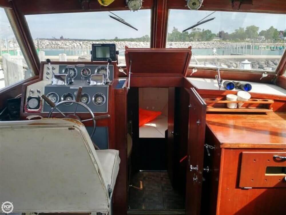 1966 Chris Craft boat for sale, model of the boat is Constellation Hard Top & Image # 29 of 40