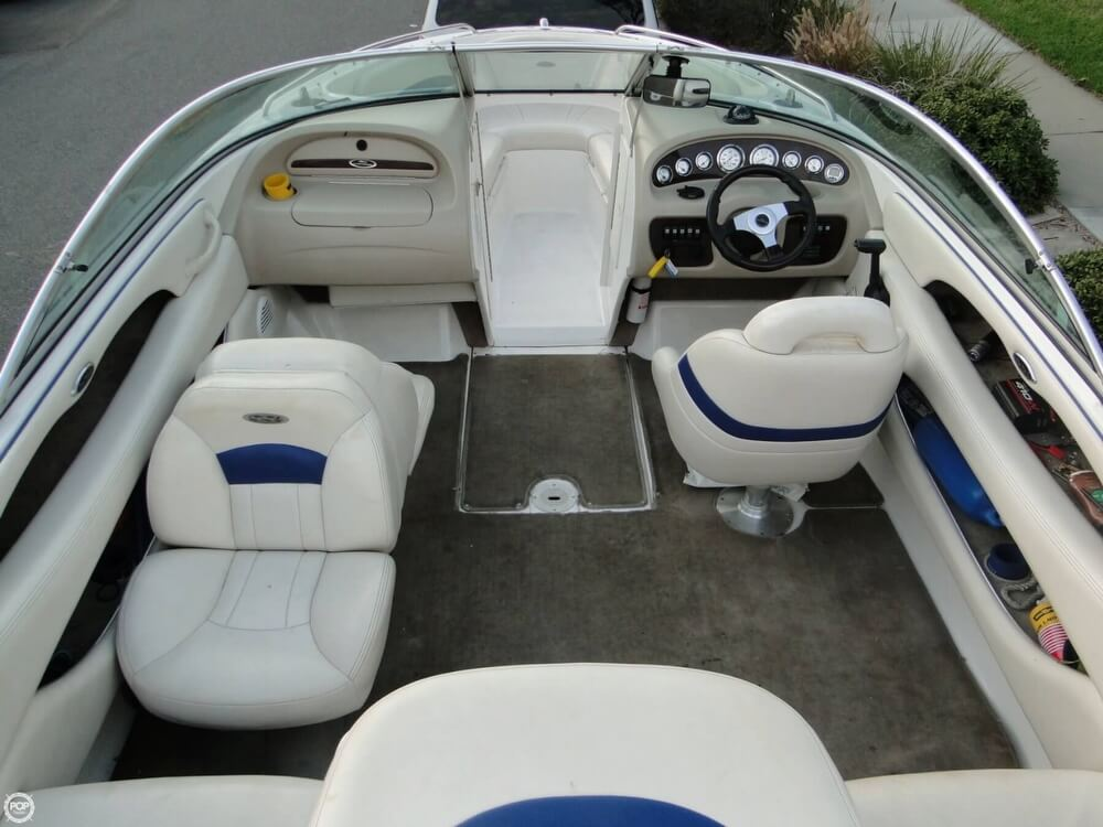 2001 Chaparral boat for sale, model of the boat is 196 SSi & Image # 11 of 40