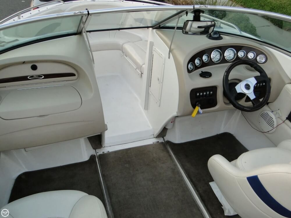 2001 Chaparral boat for sale, model of the boat is 196 SSi & Image # 17 of 40