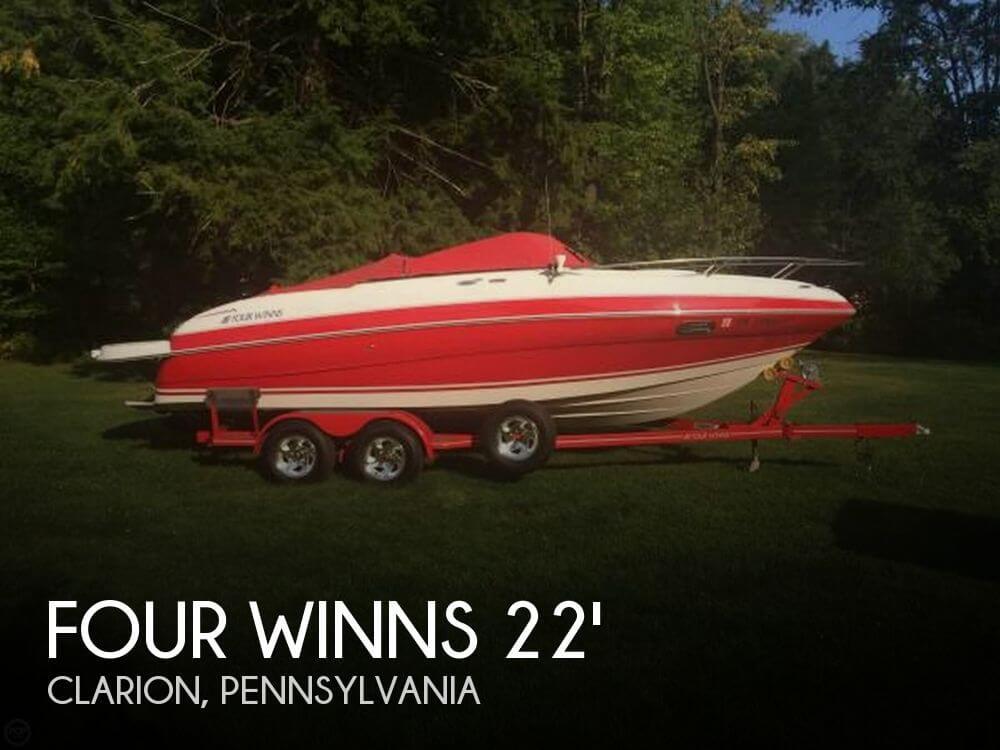 2004 Four Winns 225 Sundowner - Photo #1