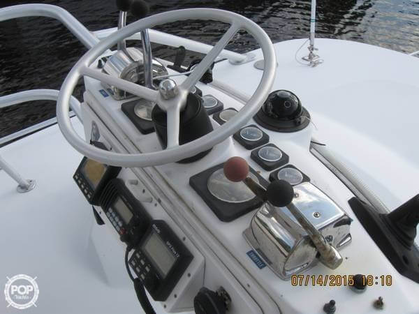 1996 Luhrs T-320 - Photo #3
