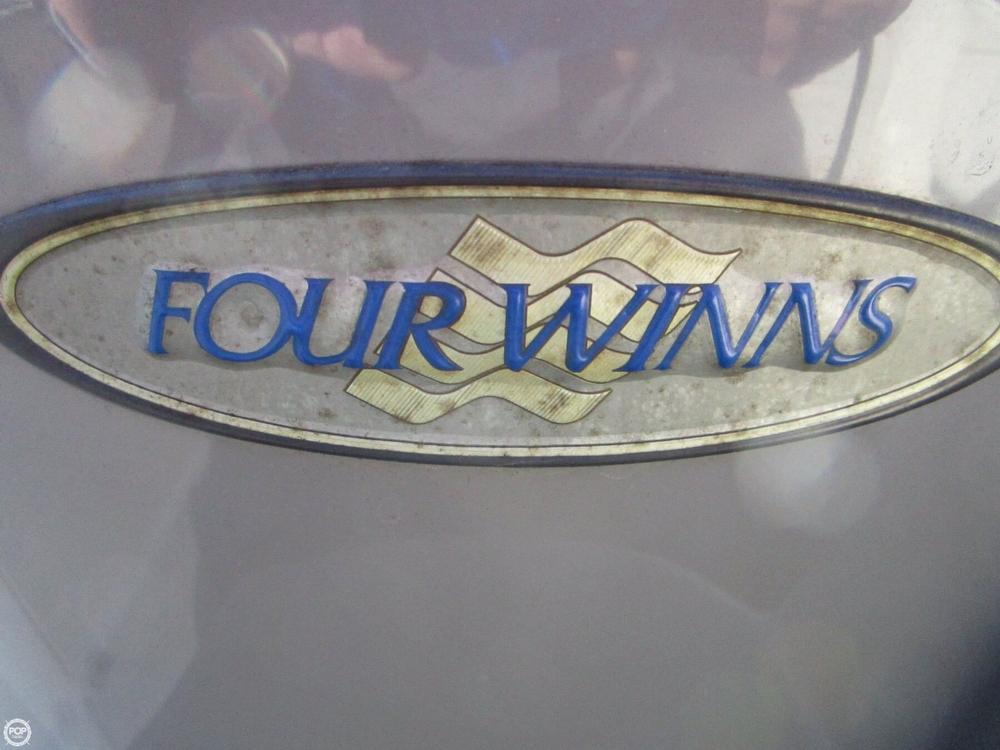 2001 Four Winns 268 Vista - Photo #39