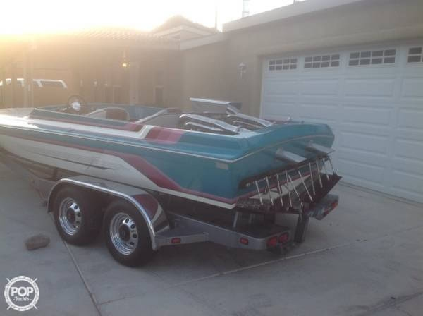 1994 Hallett boat for sale, model of the boat is 21 & Image # 2 of 8