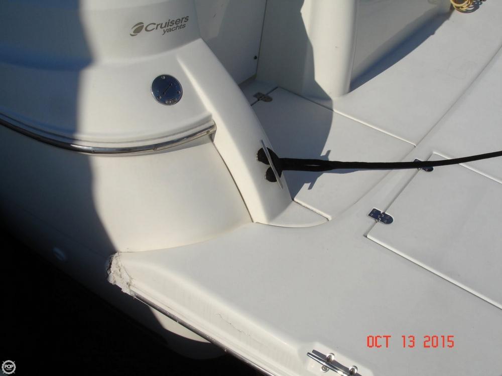1999 Cruisers 3075 Rogue Express Cruiser - Photo #17